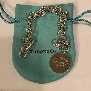 Return to Tiffany Round Tag Bracelet!